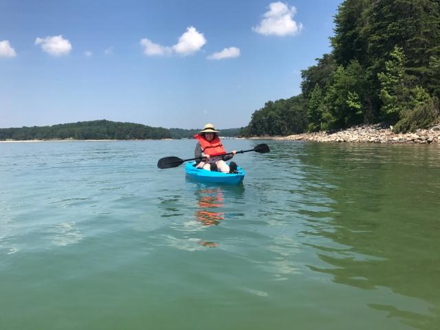 Kayaking-Lake-Lainer