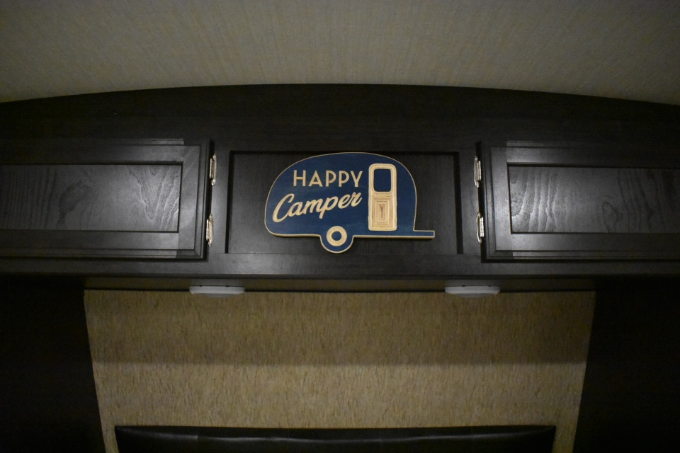 Happy-Camper-Sign
