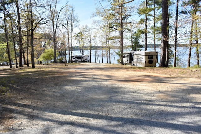 campground-loop-mistletoe