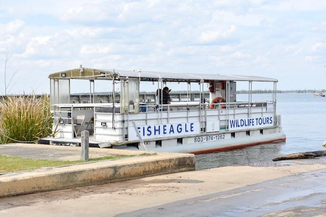 fish-eagle-boat-tour