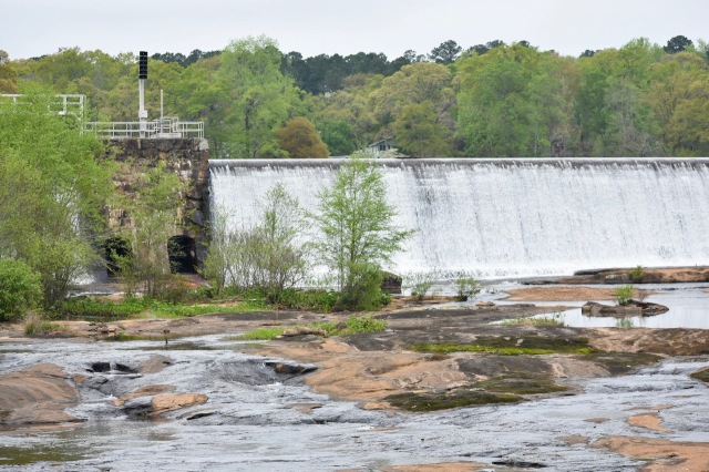 dam-state-park-high-falls