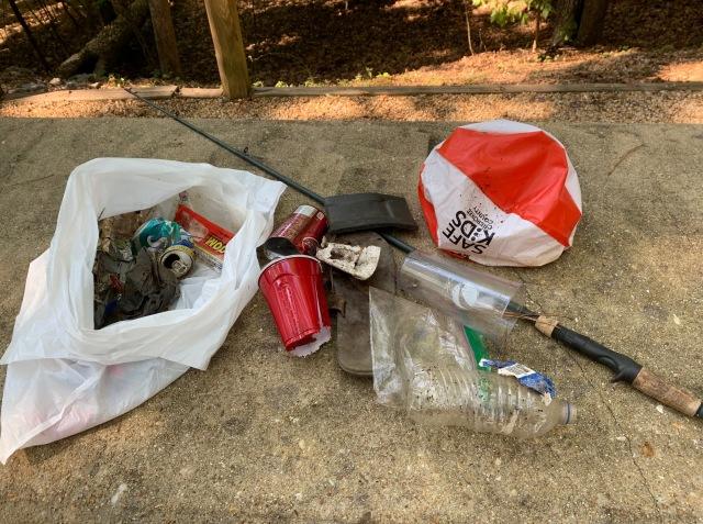 camper-trash