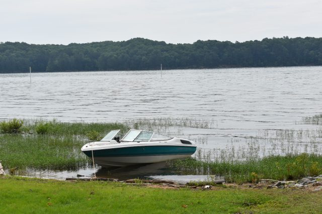 boat-sweetwater-campground