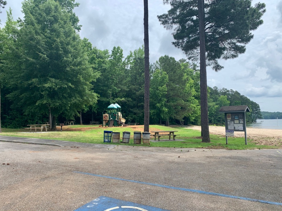 day-use-playground-sweetwater-campground